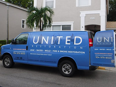 united restoration of fl work truck