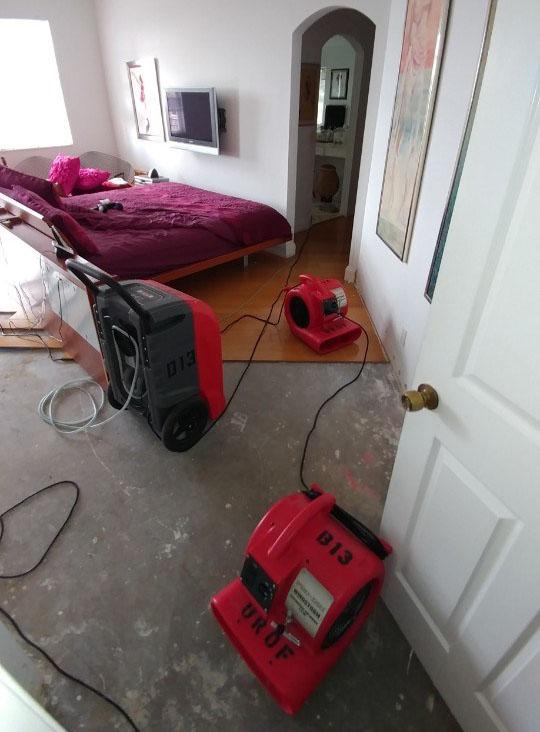 united restoration equipment drying water damage in tamarac florida home