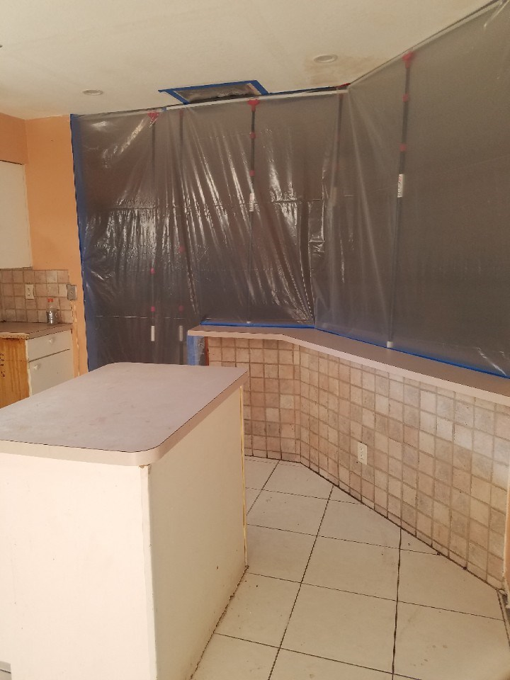 water damage emergency containment in coconut creek florida